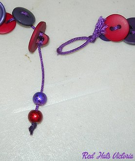 RHV_Craft_Buttonnecklace08